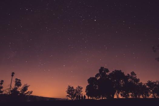 dark-galaxy-milky-way-5056-525x350